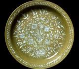 Plat décoré en porcelaine
